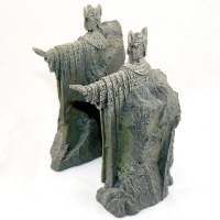 Argonath from THE LORD OF THE RINGS