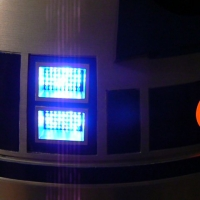 Front logic lights (left) and front process state indicator (right).
