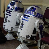 My R2 is on the left.