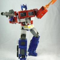 Optimus Prime - Masterpiece Figure